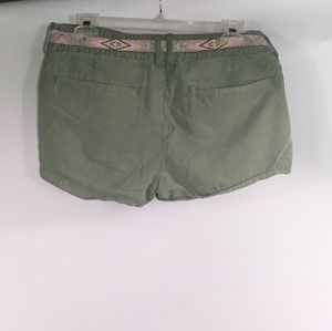 American Eagle Outfitters Shorts - American eagle shorts size 8